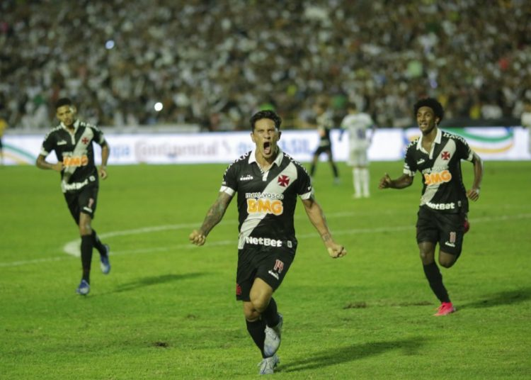 Fora de casa, Vasco empatou em 1 a 1 com o Altos-PI e se classificou na Copa do Brasil 2020 Créditos: Joao Allbert/AGIF