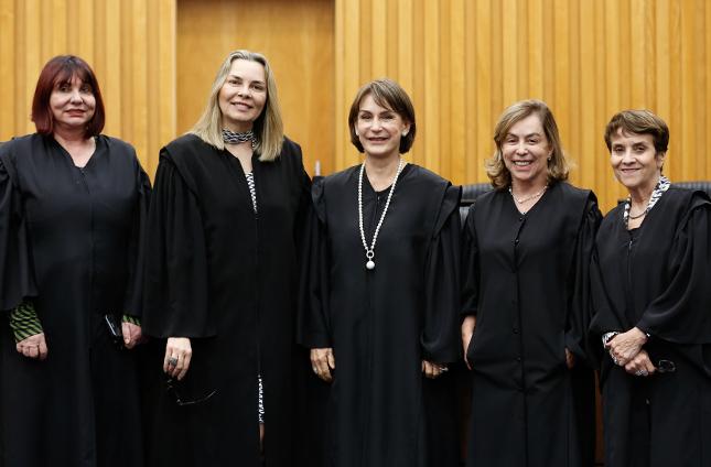Ministras Maria Helena Mallmann, Kátia Arruda, Cristina Peduzzi, Dora Maria da Costa e Delaíde Arantes