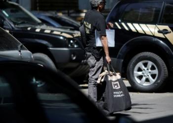 Viaturas e agentes da Polícia Federal no Rio de Janeiro REUTERS/Ueslei Marcelino