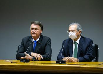 Presidente da República Jair Bolsonaro e o Ministro de Estado da Economia Paulo Guedes, durante declaração à imprensa.     Foto: Washington Costa/ASCOM/ME